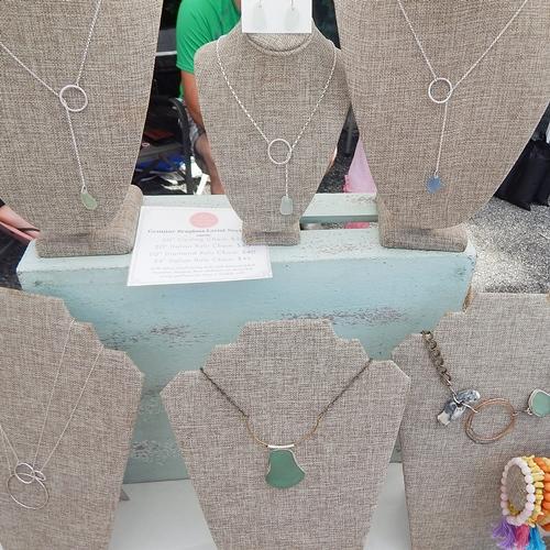 silver-necklaces-62016